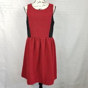 NWOT Kensie Fit & Flare Aline Dress Size L Red Bk